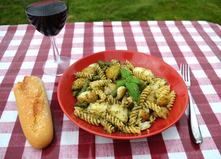 Campervan Recipes: One-pot PastaGenovese