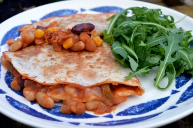 Quesadillas with Chill con Beanie filling
