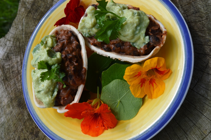 LUSCIOUS LUNCHES: Spicy Black Bean Tacos with Avocado Crema, oh my…